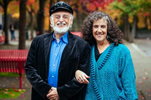 Eight Dates: An Intimate Conversation with John and Julie Gottman